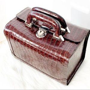 Bobbi Brown Chocolate Brown Make-Up Train Case